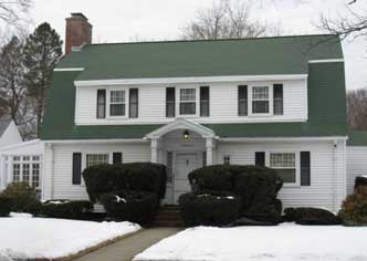 Dutch Colonial in Shawsheen Village