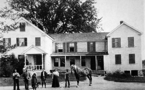 Miles Flint farmhouse - FLint family in front
