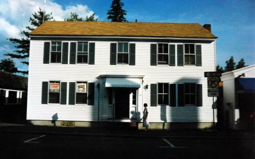 17 - 19 Barnard St. - June 1992 -