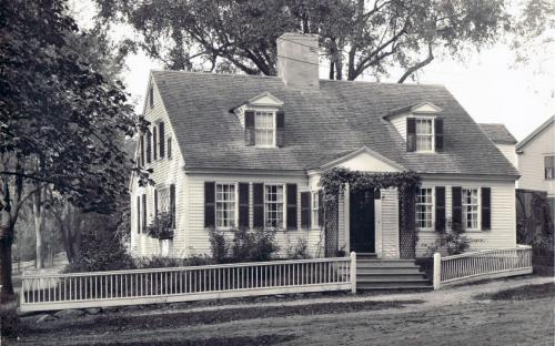 Rose Cottage circa 1910, note 6 Chestnut on right