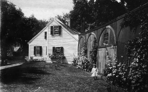 Rose Cottage with connecting shed