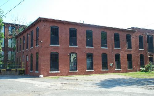 Dye and Bleach house #18 north end