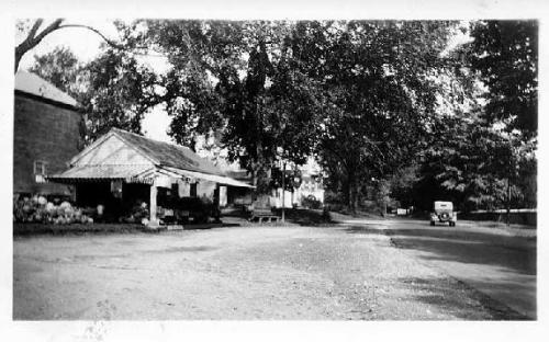 Lewis Family Farmstand circa 1940