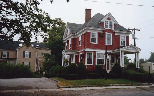 33 Chestnut St - razed abt. 1990 - 1991