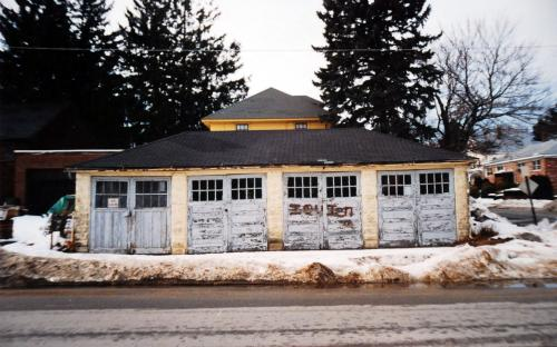 1993 - garage to 33 Florence St at corner of Park