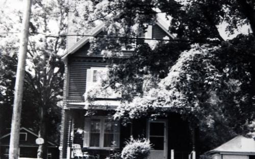 35 Washington Ave 1990