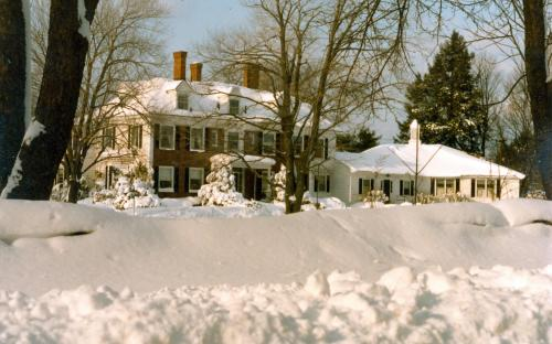 Andover Arms - Feb. 1983 -  5 Porter Rd