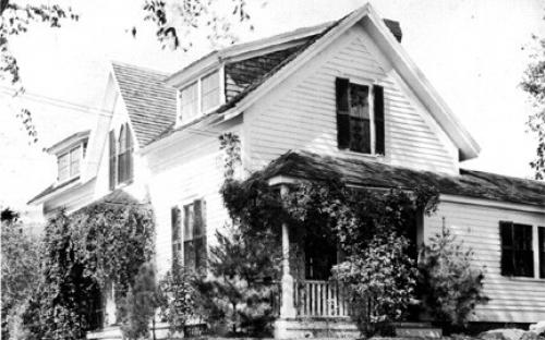 Esther W. Smith cottage circa 1925