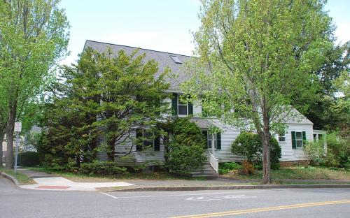 22 Morton - 67 Bartlet - May 2015
