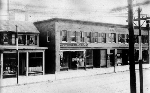 Dean's store and ARCO building 1907