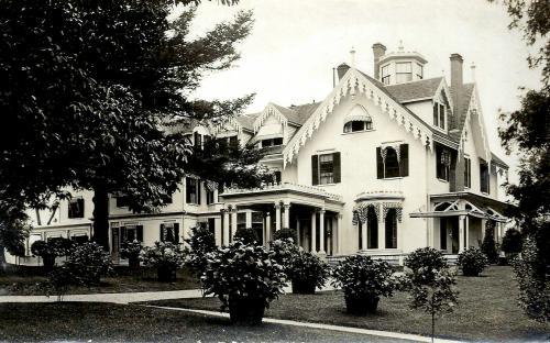 Arden circa 1920