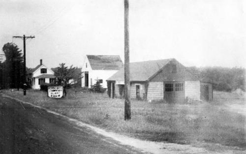 111 Argilla Rd -- circa 1950