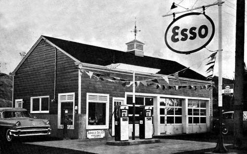 Arnolds' Service Station Dec. 17, 1959