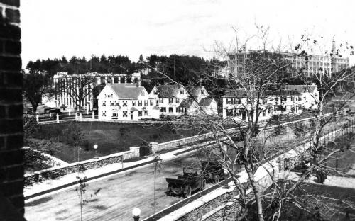 Balmoral St 1921 - Mura house last on right facing York (then called Burnham