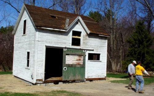 2007 barn moved t0 373 So. Main