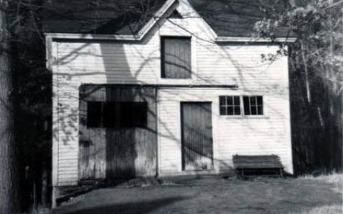 89 Carmel Rd barn moved to 373 So. Main - 2007