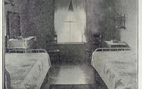 Double Bedroom 1912