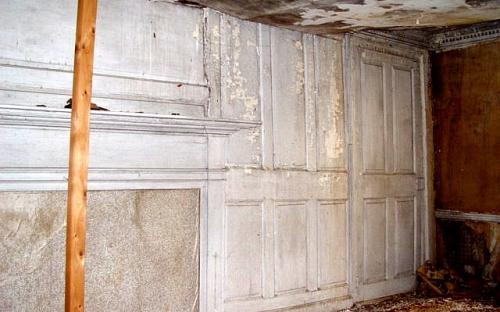 NE parlor wall 2003