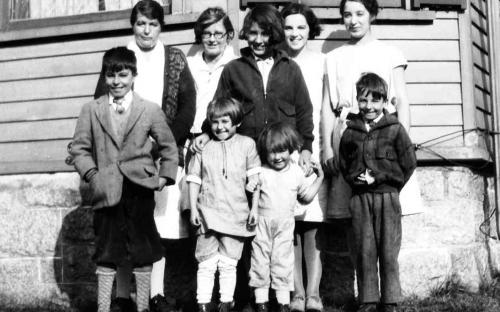 Ferrier family 1929 in front of 3 Moraine St.