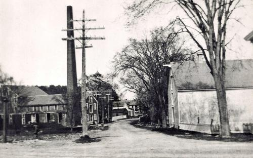Haverhill St. c. 1900 - Note white house in ctr. is 26 Haverhill house
