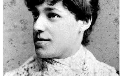 Laura T Batchelder circa 1890