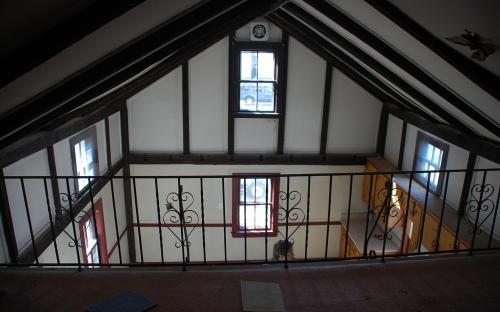 loft above ell 2010