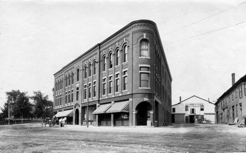 Musgrove Building & Post Office Ave 1895