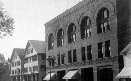 Nathonal Bank building 1900