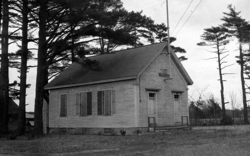 Closed Osgood School 1946