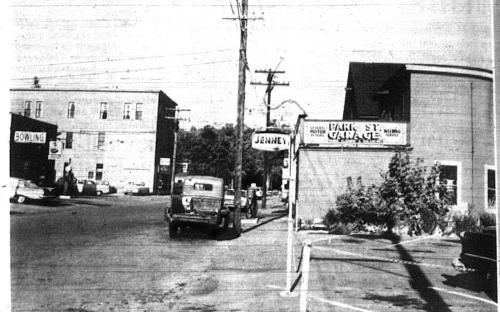 Andover Townsman 1962 - Park St. and Shorten's Garage