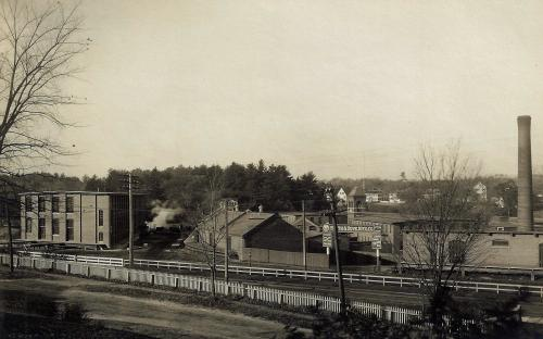 Mill #5 on left in 1906, prior to 1907 addition