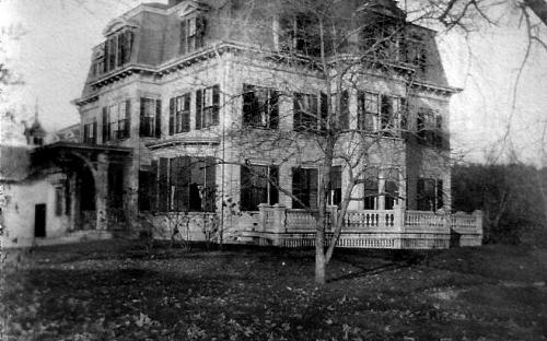 Smith Mansion circa 1900 after the remodel to French Empire style