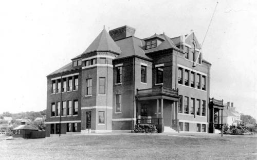 2nd Stowe School Building 1895 - 1981