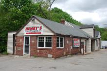 85 Essex St. May 24, 2014 Henry's Auto Repair